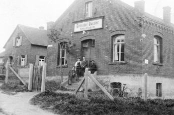 The shoe factory near Herzogenaurach train station in 1928