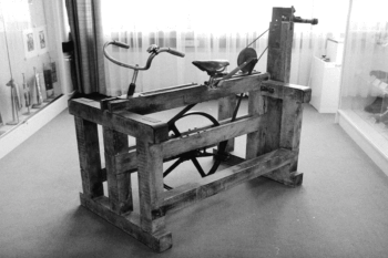 The first machine in Adi Dassler's shoe production workshop: a bicycle pedal-powered milling machine, now a museum piece